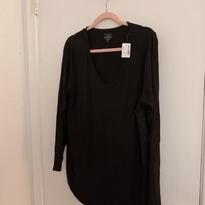 NWT Addition Elle black V neck long sleeve